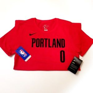NIKE® Portland Basketball Womens XS Tee